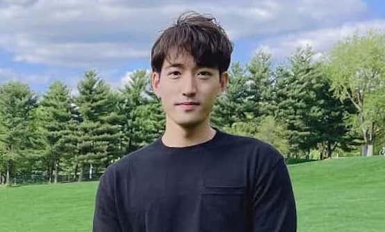Dong Won Lee